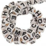 Perles Alphabet En Acrylique Mélange (7 x 8 mm) White (50 pièces)